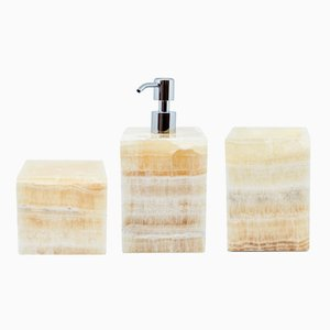 Squared Onyx Bathroom Set from FiammettaV Home Collection