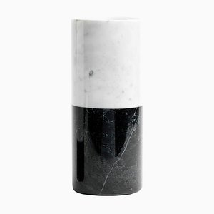 Vase Cylindrique en Marbre Blanc et Noir de FiammettaV Home Collection