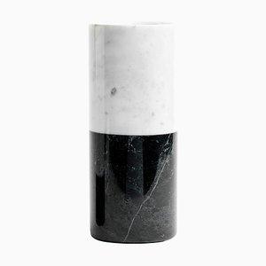 Zylindrische Vase aus weißem und schwarzem Marmor von FiammettaV Home Collection