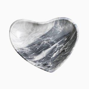 Kleine herzförmige Schale aus grauem Marmor von FiammettaV Home Collection