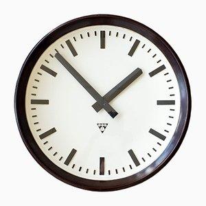 Horloge de Gare Industrielle Tchécoslovaque en Bakélite de Pragotron, 1960s