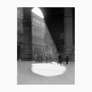 Circle of Light in the Piazza von Galerie Prints