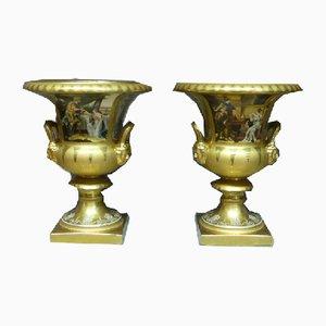 Jarrones Medici antiguos grandes de porcelana. Juego de 2