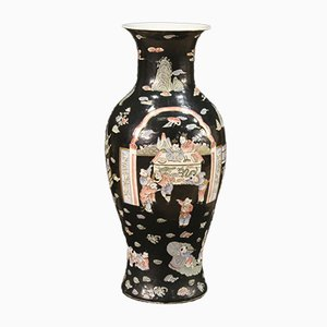 Jarrón chino de cerámica cincelada y pintada, años 50