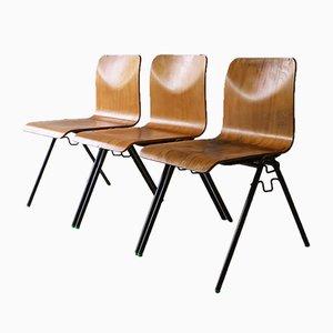 Silla de comedor industrial de madera curvada, años 60