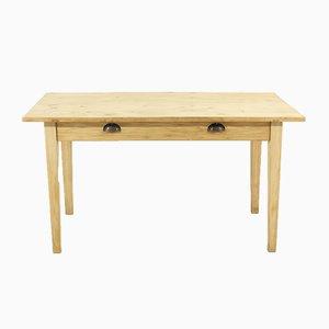 Antiker Schreibtisch aus Tannenholz