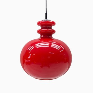 Lámpara colgante alemana grande de vidrio rojo de Peill & Putzler, años 60