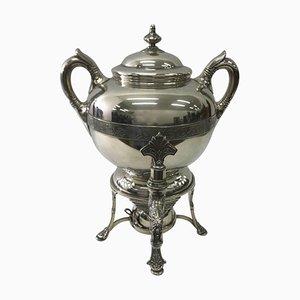 Samovar modernista bañado en plata de Tiffany & Co.