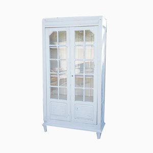 Antiker weißer Vitrinenschrank mit zwei Türen und Glasfront