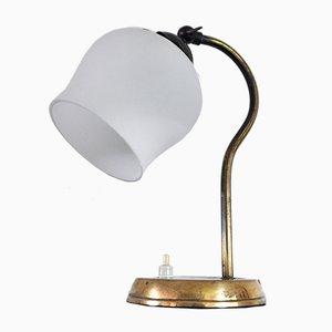 Lámpara de mesa danesa de latón y vidrio opalino, años 30
