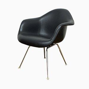 Sedia in fibra di vetro di Charles & Ray Eames per Vitra, anni '70