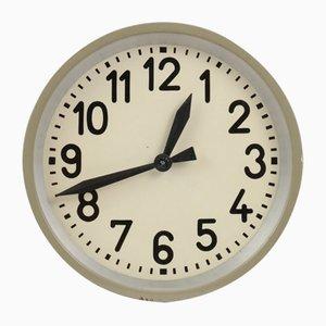Horloge Murale Industrielle Mid-Century de Pragotron