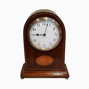 Reloj de repisa eduardiano antiguo de caoba con incrustaciones, años 10