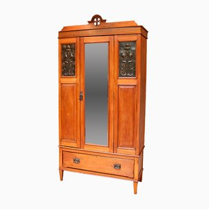 Armoire Antique en Noyer