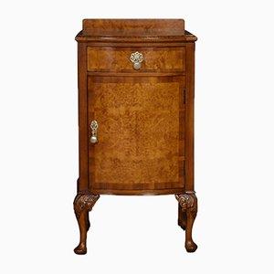 Antiker gemusterter Nachttisch aus Nussholz