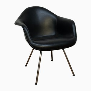 Vintage Fiberglass Lounge Chair by Charles & Ray Eames for Vitra