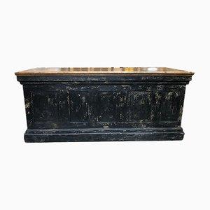 Antiker industrieller Holzschrank
