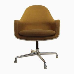 Sedia girevole in tessuto hopsack e fibra di vetro di Charles & Ray Eames per Vitra, anni '70