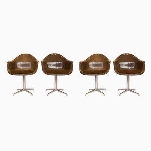 Poltrone La Fonda in fibra di vetro e metallo cromato di Charles & Ray Eames, anni '70, set di 4