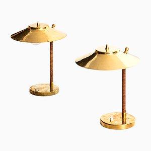 Tischlampen aus Messing & Schilfrohr von Paavo Tynell für Idman, 1950er, 2er Set