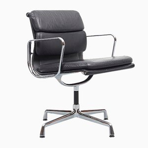 Vintage Leather EA208 Soft Pad Swivel Lounge Chair by Charles & Ray Eames for Vitra, 1998