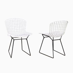 Mid-Century Black & White Steel Model 420 Wire Chairs by Harry Bertoia for Knoll Inc. / Knoll International, Set of 2