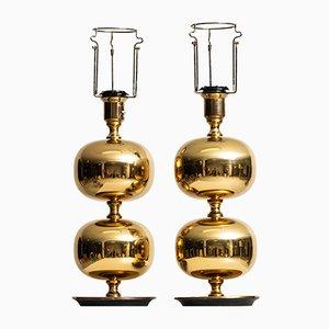 Lámparas de mesa de latón de Henrik Blomqvist para AB Stilarmatur, años 60. Juego de 2
