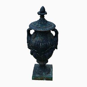Vase Style Louis XVI en Fer