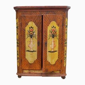 Antiker deutscher Kleiderschrank aus Holz