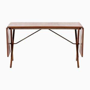Tavolini ad incastro in ottone e quercia di Hans Wegner, Danimarca, anni '50