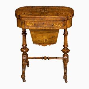 Mesa de costura victoriana antigua de nogal