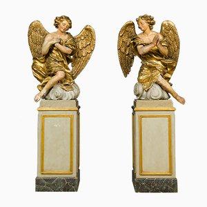 Figuras de ángeles talladas, siglo XVIII. Juego de 2