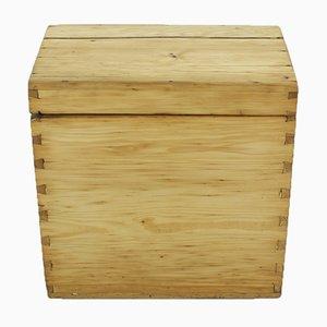 Mid-Century Kiste aus Tannenholz, 1940er