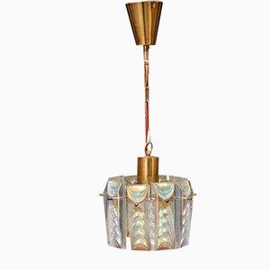 Lámpara de araña danesa Mid-Century de latón y cristal, años 60