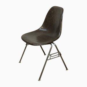 Sedia in placconno e metallo cromato di Charles & Ray Eames per Vitra, 1979