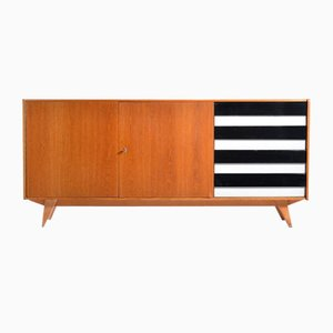 Model U-460 Beech and Oak Sideboard by Jiří Jiroutek for Interior Praha, 1960s
