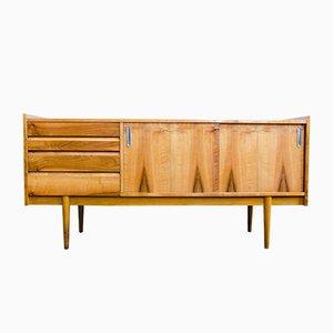 Aparador de nogal de Bytomskie Furniture Factories, años 60