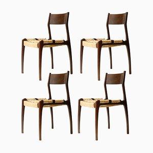 Französische Beistellstühle mit Gestell aus Eiche & Sitz aus Naturfasergeflecht, 1950er, 4er Set