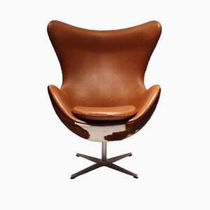Egg Chair nr. 3316 in pelle di Arne Jacobsen per Fritz Hansen, anni '80