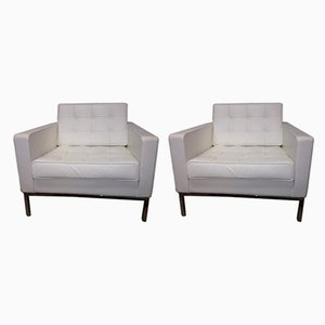 Italian White Leather Model Sabrina Lounge Chairs by Florence Knoll Bassett for Knoll International, 1994, Set of 2