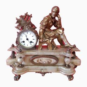 Reloj de péndulo antiguo con base de alabastro