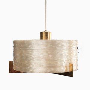 Lámpara de techo Mid-Century de latón y plexiglás, años 60