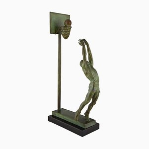 Figura de jugador de baloncesto Art Déco de bronce y mármol de G. E. Mardini, años 30