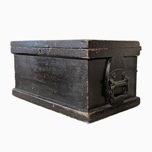 Antiker Werkzeugkasten aus Kiefernholz