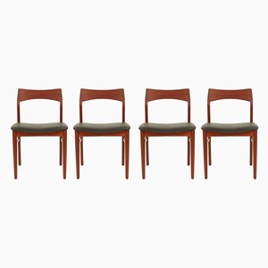 Dänische Esszimmerstühle aus Teak von Henning Kjærnulf für Vejle Mobelfabrik, 1960er, 4er Set