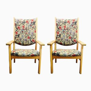 Scandinavian Modern Oak Lounge Chairs by Hans J. Wegner for Getama, 1950s, Set of 2