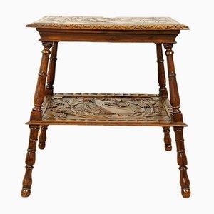 Tavolino antico in legno di noce intagliato, Italia