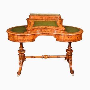Antiker Schreibtisch aus Seiden- & Nussholz, 19. Jh.
