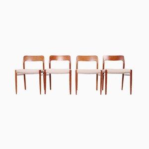 Moderne dänische Esszimmerstühle aus Teak im skandinavischen Stil von Niels Otto Møller für J.L. Møllers, 1960er, 4er Set