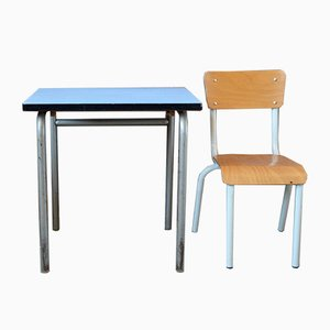 Juego de mesa y silla infantil francés, años 50